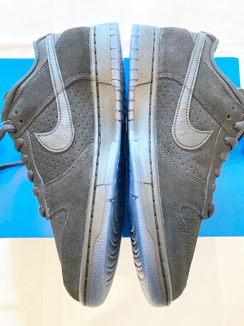 UNDEFEATED NIKE DUNK PART2